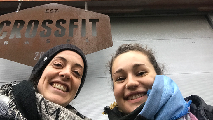 Nora Jäggi with Linda from Veenity having a good time together in front of the Crossfit Basel.